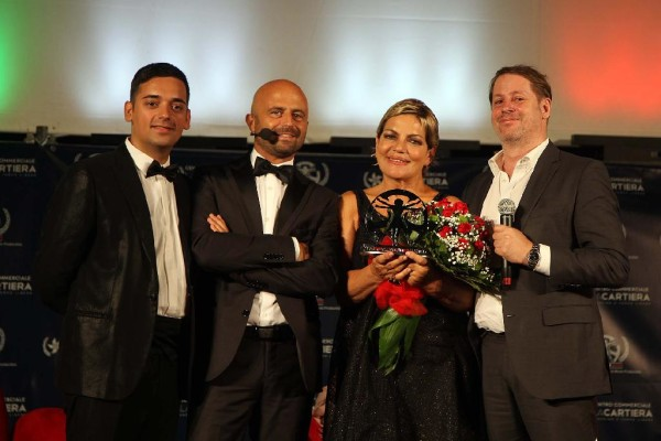 11349_il-cast-di-gomorra-a-la-cartiera-per-litalian-movie-award